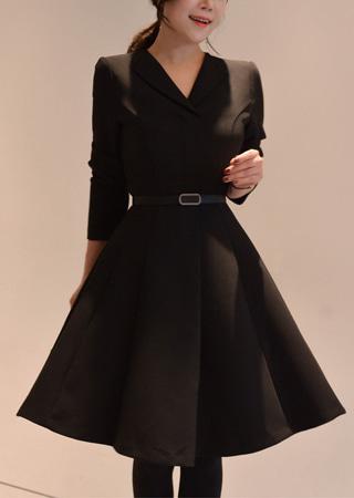 長袖襟付きフレアドレス